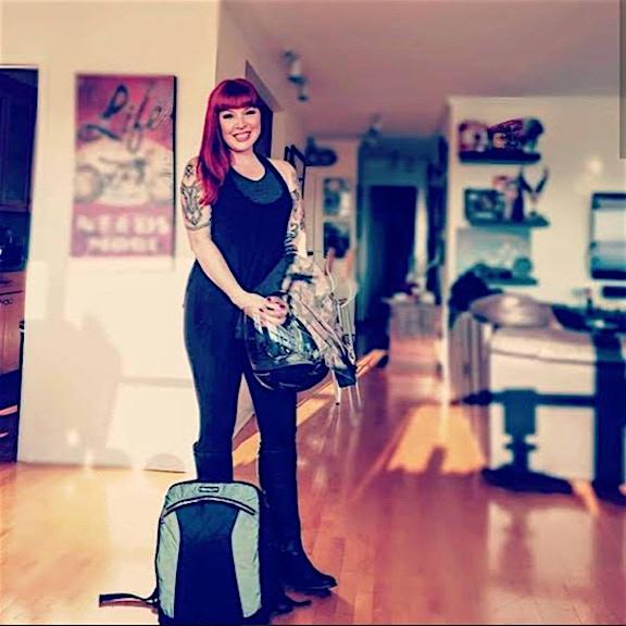 Nicole nova_vixen with Lauren bag